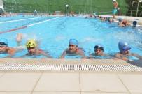 Diyarbakır'da Bin 500 Çocuk Yüzmeyi Öğreniyor