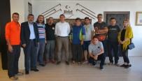 PARAŞÜTÇÜ - İranlı Paraşütçü Grubu Ahlat Semalarında Uçacak