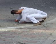 İstanbul'da Sokak Ortasında Gencin İçler Acısı Hali