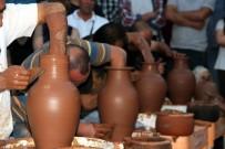 KAPADOKYA - Minikler, Çıraklar Ve Ustalar Çanak Yapımı İçin Yarıştı