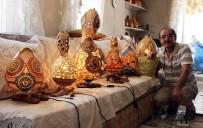 TEKELI - Su Kabakları Onun Elinde Sanat Eserine Dönüşüyor