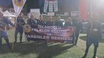 İSLAMOĞLU - Şaphane İslamoğlu Folklor Kültür Ve Yarenler Derneği Üyelerinden Efe Oyunu