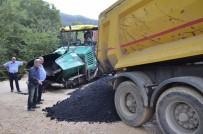 KANALİZASYON - Yığılca'da Asfat Çalışmaları Sürüyor
