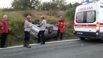 Yoldan Çıkan Otomobil Takla Attı Açıklaması 3 Yaralı