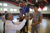 YÜZME YARIŞMASI - Yüzme Kursuna Katılan 324 Öğrenci Arasında Yüzme Yarışması Yapıldı