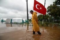 METEOROLOJI - Bursa'nın Karacabey İlçesi Sular Altında
