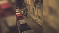 GECE BEKÇİSİ - İstanbul'da Olay Çıkaran Şahısla Polis Arasında Arbede