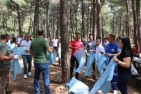 KARTAL BELEDİYE BAŞKANI - Kartal Belediyesi Dernek Üyeleri İle Birlikte Aydos Ormanı'nı Temizledi