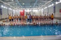 ŞEHITKAMIL BELEDIYESI - Sporcu Velilerinden Fadıloğlu'na Teşekkür