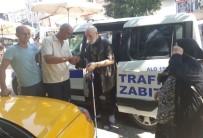 ZABıTA - Taksici Bulduğu Cüzdanı Sahibine Teslim Etti