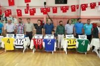 CENTİLMENLİK - Yozgat'ta Amatör Spor Kulüplerine Malzeme Desteği