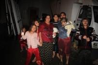 YÜKSEK GERİLİM HATTI - Zonguldak'ta 5 Ailenin Evi Heyelan Riskiyle Boşaltıldı