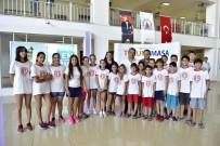 YELTEN - Antalyasporlu Miniklerden Başkan Uysal'a Randevusuz Ziyaret