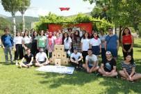 İŞ VE MESLEK DANIŞMANI - Gençlik Kampı'nda Kuş Barınağı Yaptılar