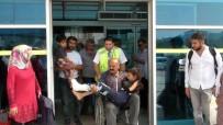 Hendek'teki Kazada Yaralanan 4 Mevsimlik İşçi Kızıltepe'ye Getirildi
