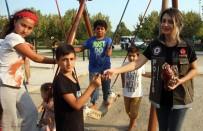 KADIN POLİS - Parka Polis, Vatandaşa Huzur Geldi