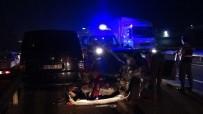 ALKOLLÜ SÜRÜCÜ - Alkollü Sürücü Kırmızı Işıkta Duran Otomobile Çarptı Açıklaması 6 Yaralı