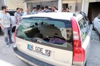 Arabanın Bagaj Camını Kırıp 70 Bin TL Çaldılar