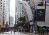HONG KONG - Hong Kong'da Ölü Sayısı 12'Ye Yükseldi