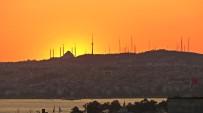 SAĞANAK YAĞMUR - İstanbul'da Kartpostallık Gün Doğumu Manzarası