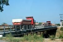 MENDERES NEHRİ - Söke'de Mahalle Sakinlerinin Maden Kamyonu Tepkisi
