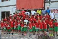 RÜSTEM PAŞA - Yaz Spor Okulları Öğrencilerinden Teşekkür Ziyareti