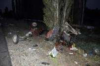 BOSTANDERE - Yolcu Otobüsüyle Çarpışan Traktör Üçe Bölündü Açıklaması 2 Yaralı