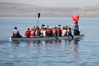 BÜLENT TEKBıYıKOĞLU - Ahlat'ta Dragon Ve Yüzme Yarışları Yapıldı