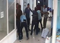 SİVİL POLİS - Araması Olan Şahıs İle Polisler Arasında Arbede Çıktı