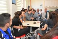 FUTBOL TURNUVASI - Avcılar Havacılık Topluluğu Başkan Bozkurt'u Ziyaret Etti