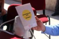 BASIN KARTI - Gazetecilere 'Gazeteciler İçin Basın Kartı' Rehberi Dağıtıldı