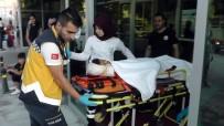 YARALI ÇOCUK - Lastiği Patlayan Kamyonet Devrildi Açıklaması 1 Yaralı