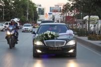 ÖZDEMİR BAYRAKTAR - Ömer Halisdemir'in Yeğenine Makam Arabası Jesti