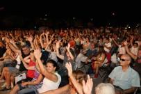 BOSTANLı - Parklarda Konser Coşkusu