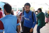 UĞUR DEMİROK - Trabzonspor İzmir'e Gitti