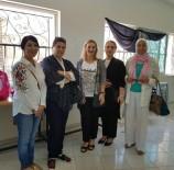 KİMSESİZ ÇOCUKLAR - Türk Kadınlar, Ürdün'deki Kimsesiz Öğrenciler İçin Okul Çantası Dağıttı