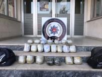 TÜRK LIRASı - Ağrı'da 23 Kilo Uyuşturucu Ele Geçirildi