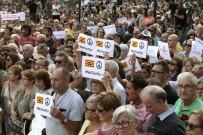 İSPANYA KRALı - Barcelona'da Teröre Karşı 'Korkmuyoruz' Yürüyüşü