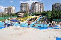 KALABA - Keçiörenliler Sıcaklarda Havuzun Tadını Çıkardı