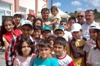 ALPER BALCı - Veliler Fındık Topladı, Çocukları Eğitim Aldı