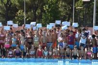 MEHMET ÇELIK - Yüzme Kursu Öğrencilerine Sertifikaları Verildi