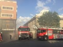 İKITELLI - Başakşehir'de Korkutan Yangın