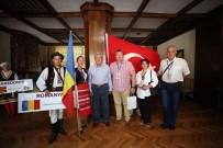 AKORDEON - Başkan Karaosmanoğlu Açıklaması 'Dünya Barışını Hep Beraber Sağlayacağız'
