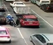 SİVİL POLİS - Motosikletli Gaspçılara Kurşun Yağdırdı