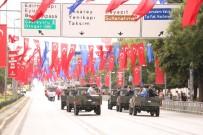 VATAN CADDESİ - Vatan Caddesi'nde 30 Ağustos Zafer Bayramı Kutlamalarının Provası Yapıldı
