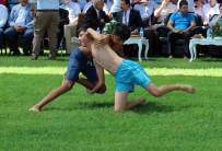 FATMA GÜLDEMET - Zengibar Karakucak Güreşleri'nde Başpehlivan Serdar Böke Oldu