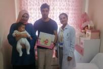 Zeytinburnu'da Doğan Bebeklere 'Hoş Geldin Bebek Seti' Hediyesi