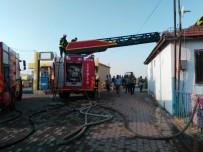 BOZKÖY - Manisa'da Korkutan Yangın