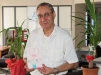 KARİKATÜR - Samsunlu Doktor 'Sevgi'nin Kitabını Yazdı