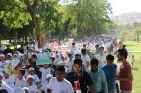 PEYGAMBERLER ŞEHRİ - Şanlıurfa'da Yüzlerce Çocuk Namaz İçin Yürüdü